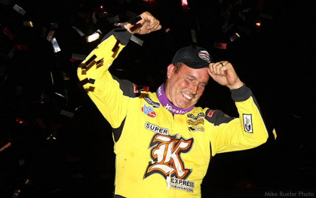 Shane Clanton celebrates after winning the World of Outlaws Craftsman Late Model Series main event Friday, July 8, at the Mason City Motor Speedway. (Mike Ruefer Photo)