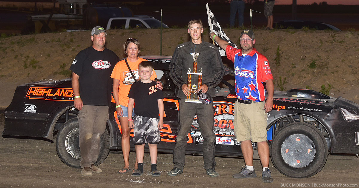 Brayden Gjere won the American Racer USRA Stock Car main event.